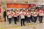 2019年6月中万博manbetx官网网址泉秀店组织爱国歌曲合唱活动
